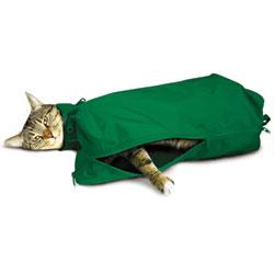 SACK,CAT,EX-LARGE CAT SACK WITH FULL UNDERSIDE ZIP - GREEN
